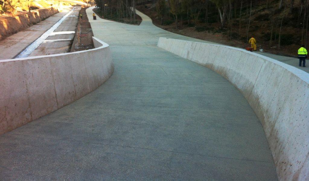 http://protecvalpavimentos.com/wp-content/uploads/2016/08/Rampa-del-puente-sobre-rio-Vinalopo-en-Elche.jpg